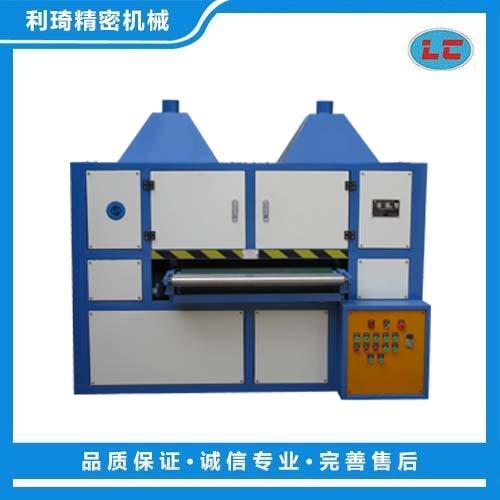 板材自动磨砂机